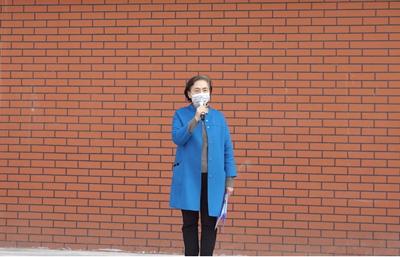 拥有感恩 勤奋学习——苏平校长在初中部返校入学典礼上的发言